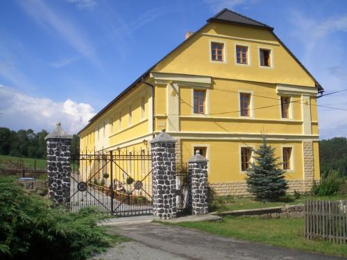 """Foto - Accommodation in Pavlíčky - Penzion """"U kopyta"""""""