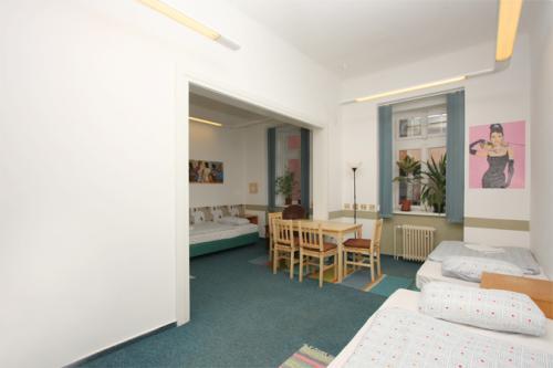 Foto - Accommodation in Praha 2 - Hostel Vyšehradská